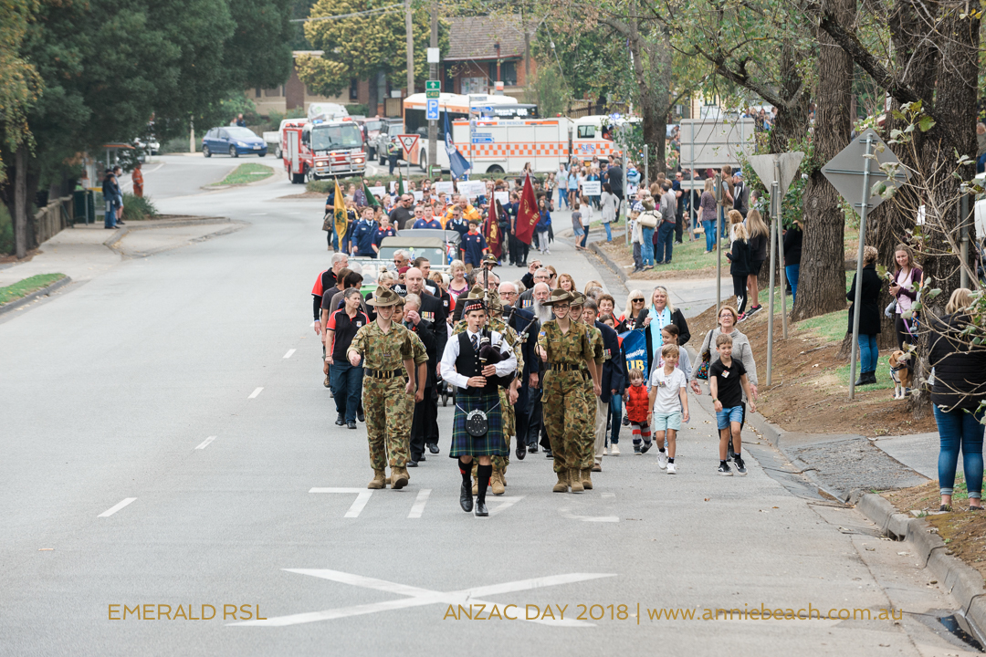 8-ANZAC-DAY-Emerald-RSL-Annie-Beach-Portrait-WEB-8