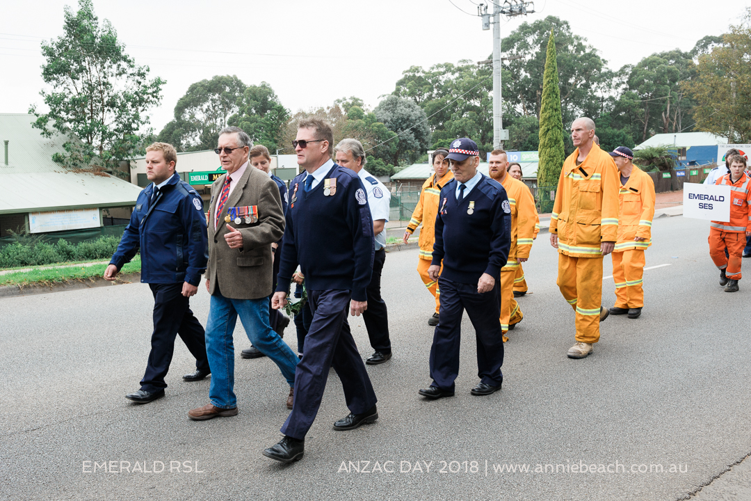 26-ANZAC-DAY-Emerald-RSL-Annie-Beach-Portrait-WEB-26