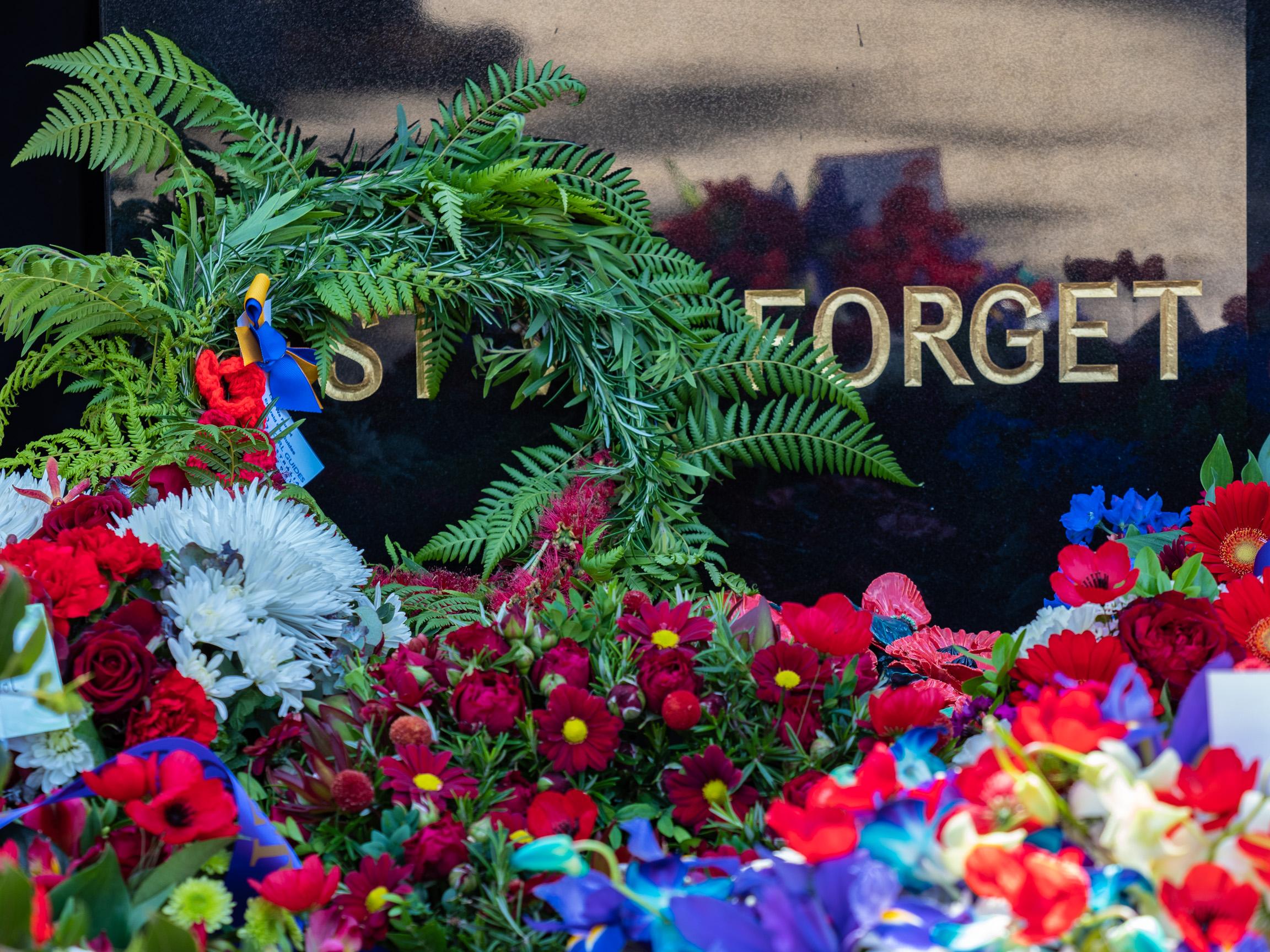 remembrance-PB117766