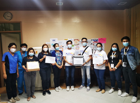 Filipino Rotaractors donate COVID-19 test kits to UP NIH
