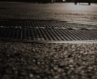 manhole%20cover_edited.jpg