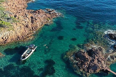 Une excursion en bateau sur Saint Raphael et ses Calanques?