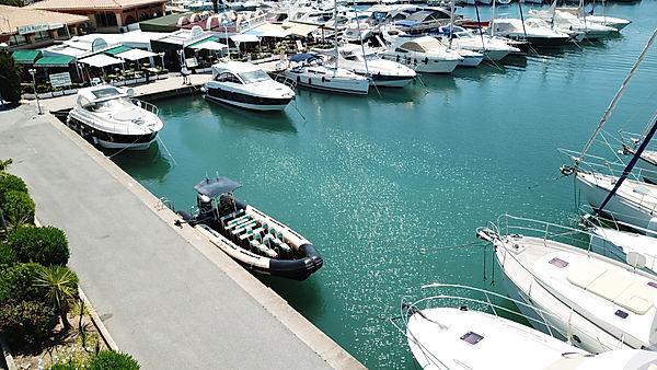 bateaux à Saint Raphaël