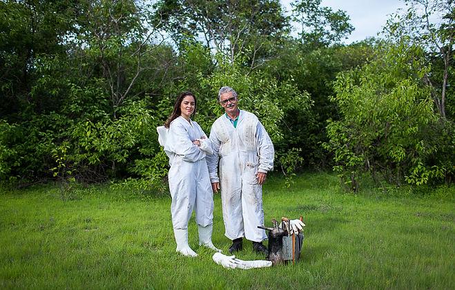 Teresa e Wener Bastos, apicultores da Be