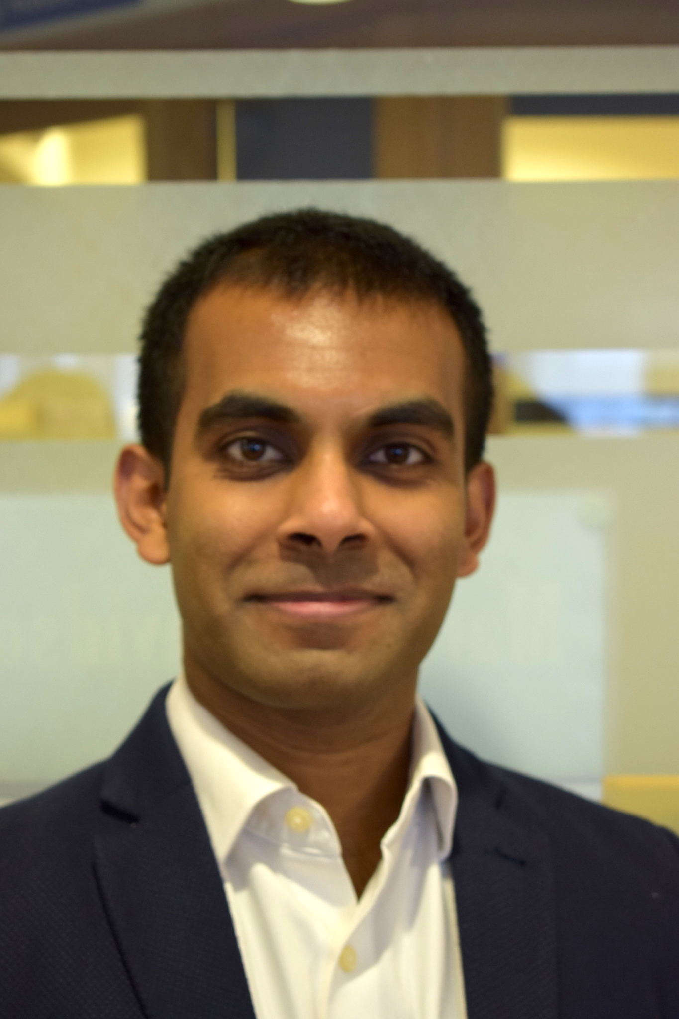 Dr Myura Nagendran