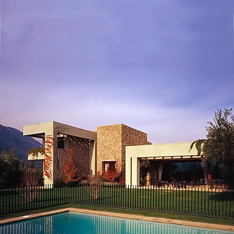 Casa Juan C. Larrain