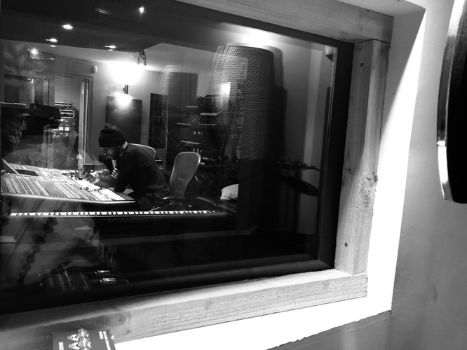 Chris Studio 4