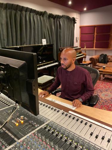 Chris Studio 1