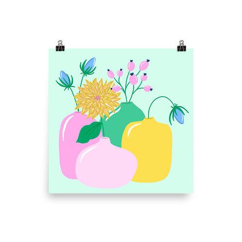 4 Vases Poster