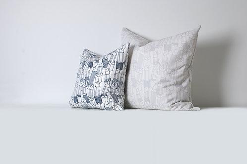 Light Gray Lipstick Outlines Linen Pillow Case