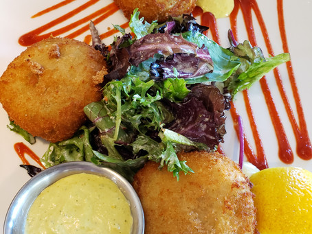 Heavenly Crab Cakes in the Heart of the ATX SoCo District
