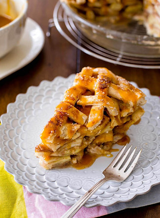 THREE APPLE PIE