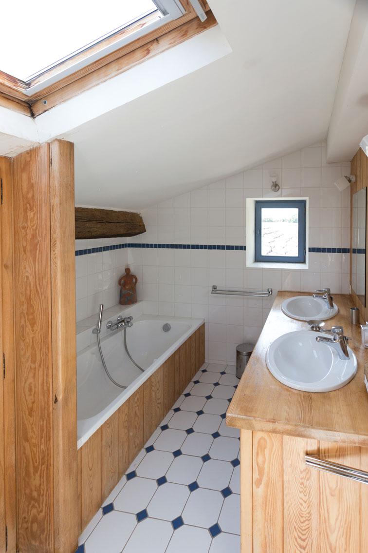 Une salle de bains - © S. Morlier