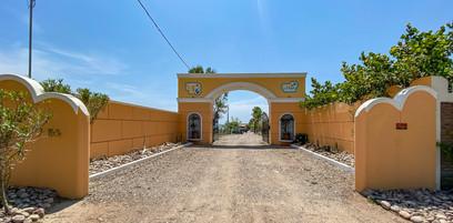 Entrance to El Sol La Vida