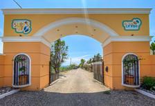 Entrada principal a Villa