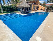 piscina y patio
