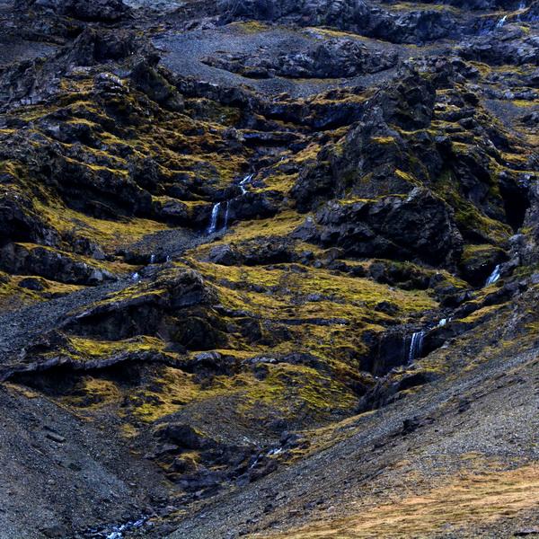 נטפים--Dripping Rocks--2014