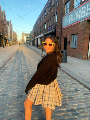 pleated burbs skirt.jpg