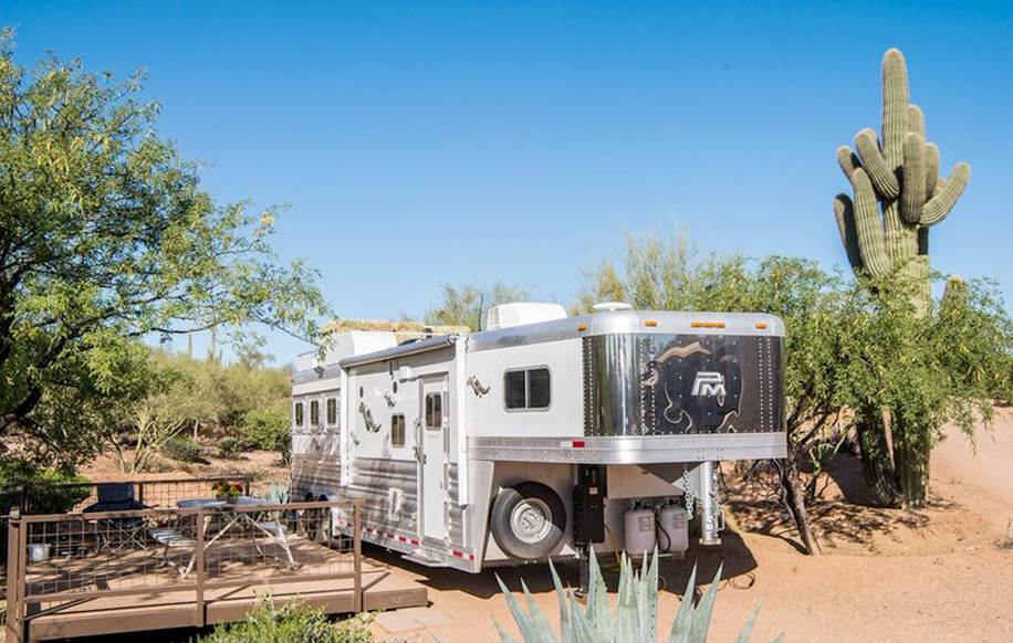 Horse Trailer Luxury Package