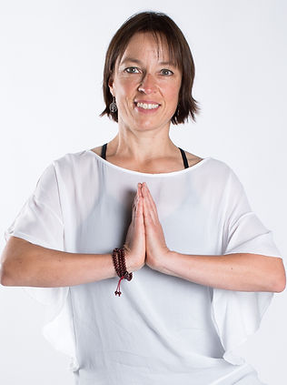 doterra Schweiz, Natha Yoga, Hatha Yoga, Yoga Interlaken, Yoga Meiringen, Yogakurse, Entspannun, Yoga Andea Neiger, Natha Yoga Andrea Neiger, Yoga Teacher Training, yoga-center.ch, Yoga für Anfänge, Yoga für Fortgeschrittene, Wellness Interlaken, Entspannung Interlaken
