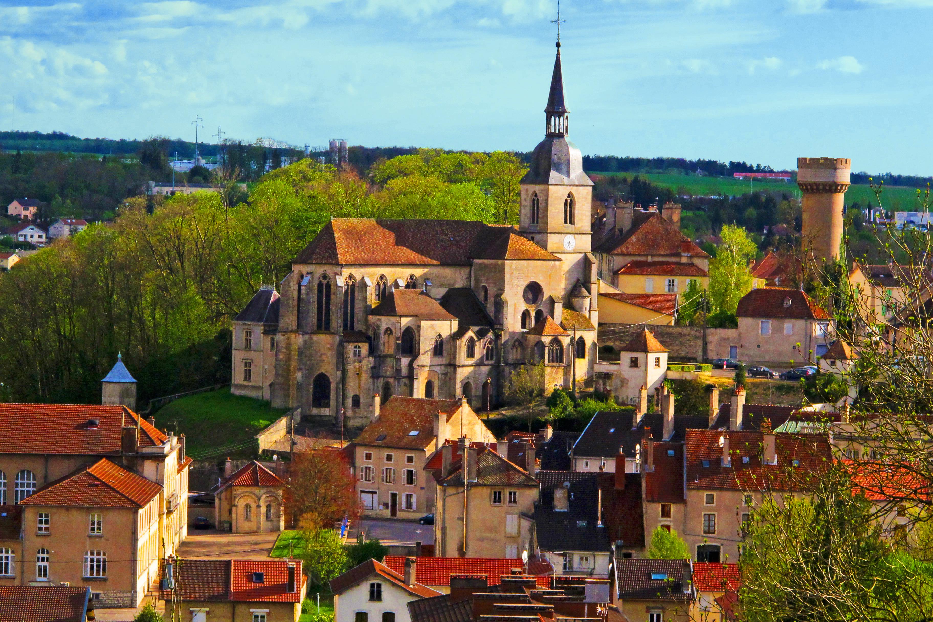 Centre historique de Neufchâteau ©OTOV