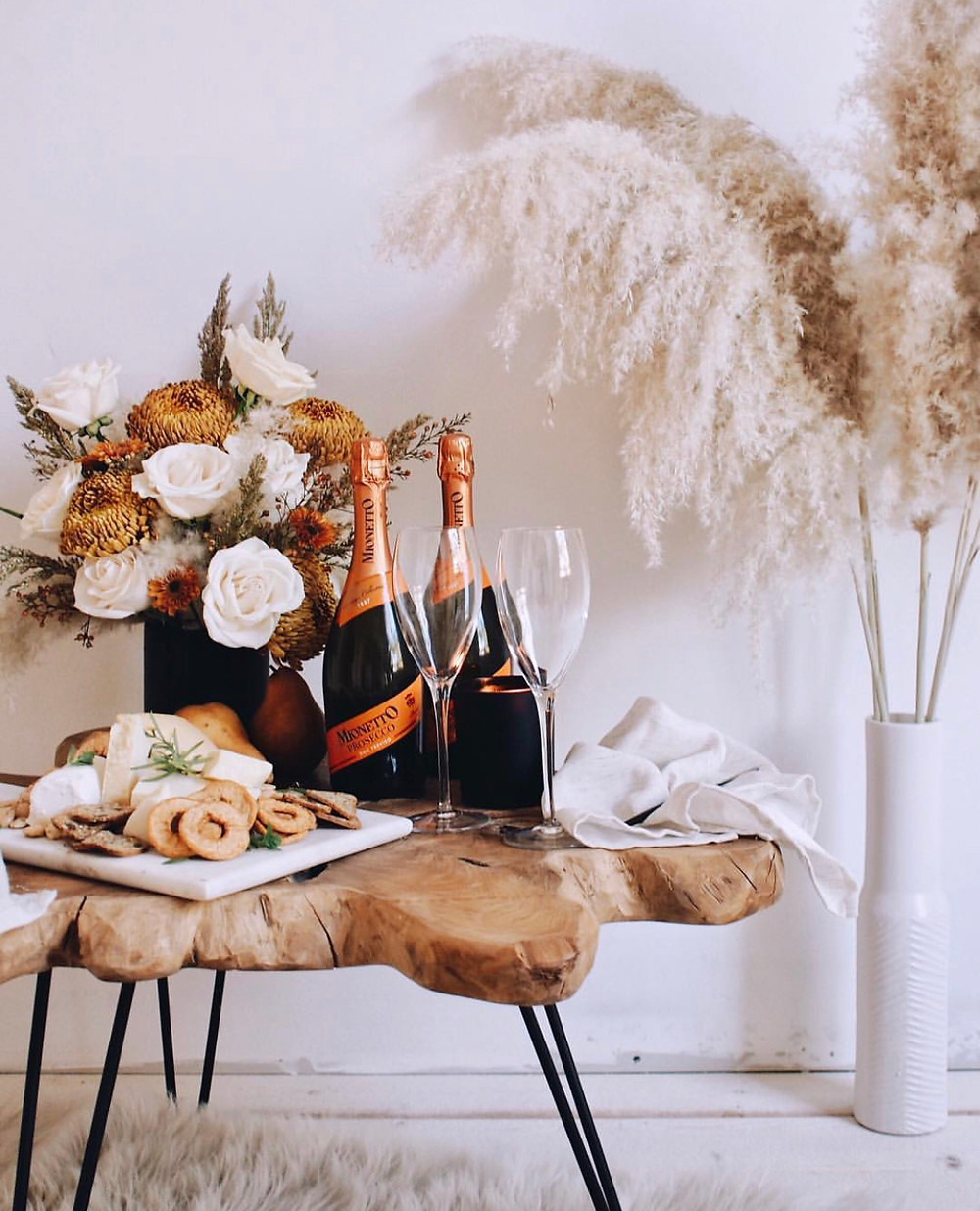 decoração noivado; cha bar; jantar de padrinhos