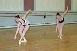 Ariana & Alessia Dancing