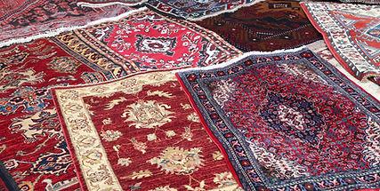 bigstock-Sale-Of-Fine-Oriental-Rugs-Hand