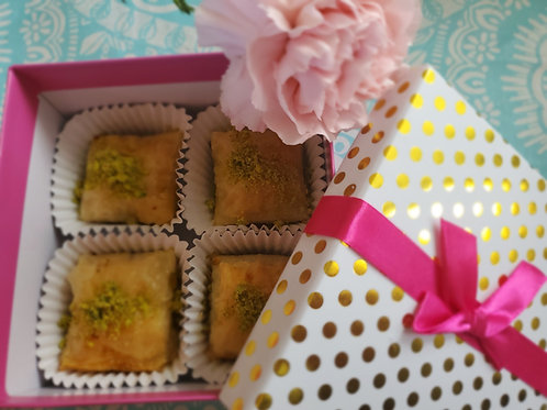 Baklava with walnuts- half pound gift box