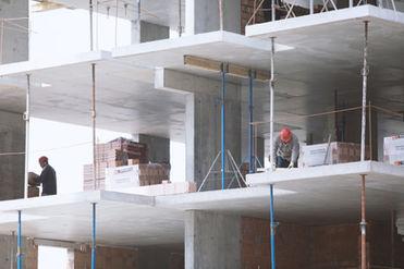 Stavba budovy