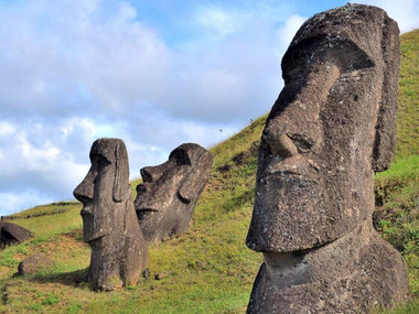 South East: Rapa Nui, la Isla de Pascua