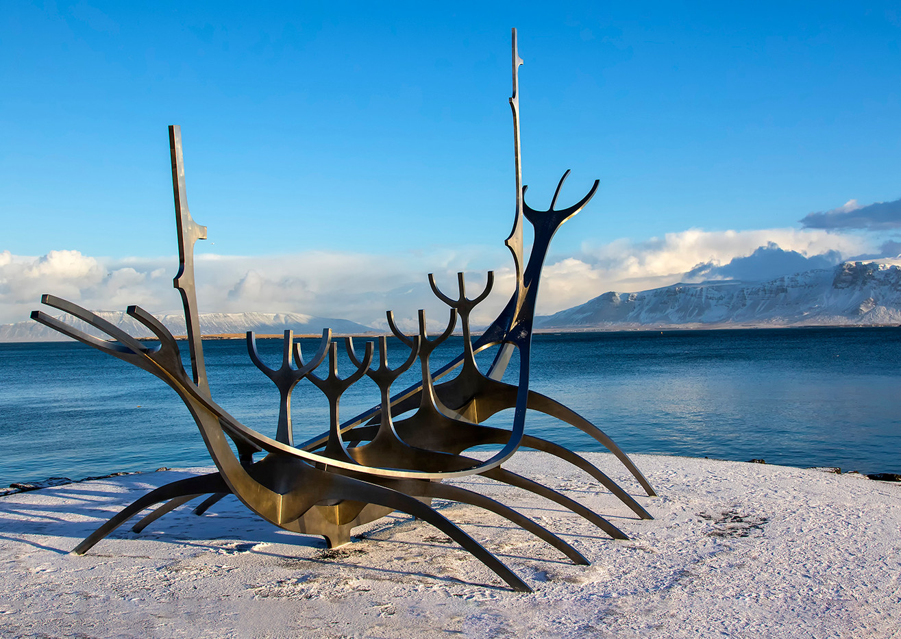 18 SUN VOYAGER by Glenn Welch