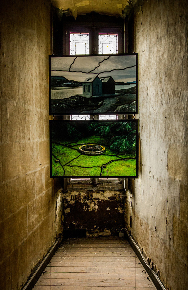 GROUP 1 14 SARKIS EXHIBITION AT CHAUMONT SUR LOIRE by Colin Smith