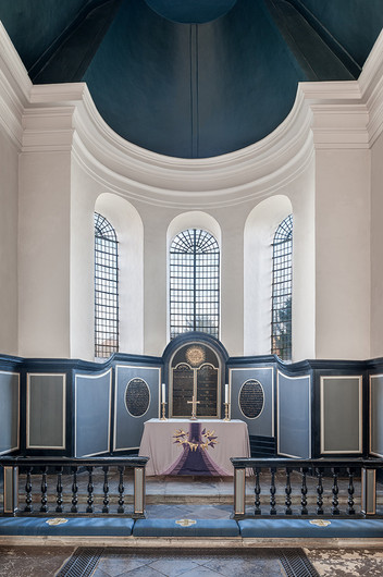 17 THE CHANCEL WITH LENT ALTAR CLOTH  ST GREGORY AND ST MARTIN'S CHURCH WYE KENT by Chris Rigby