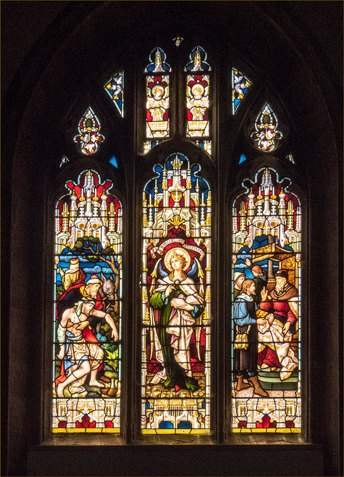 PDI 0 points STAINED GLASS WINDOW IN ST NICHOLAS CHURCH by Cathie Agates