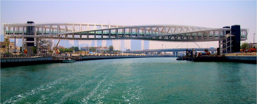 14 PEDESTRIAN BRIDGE 3 DUBAI CANAL by Dave Brooker