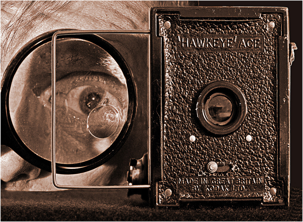 16 VINTAGE MACRO PHOTOGRAPHER by Les Welton