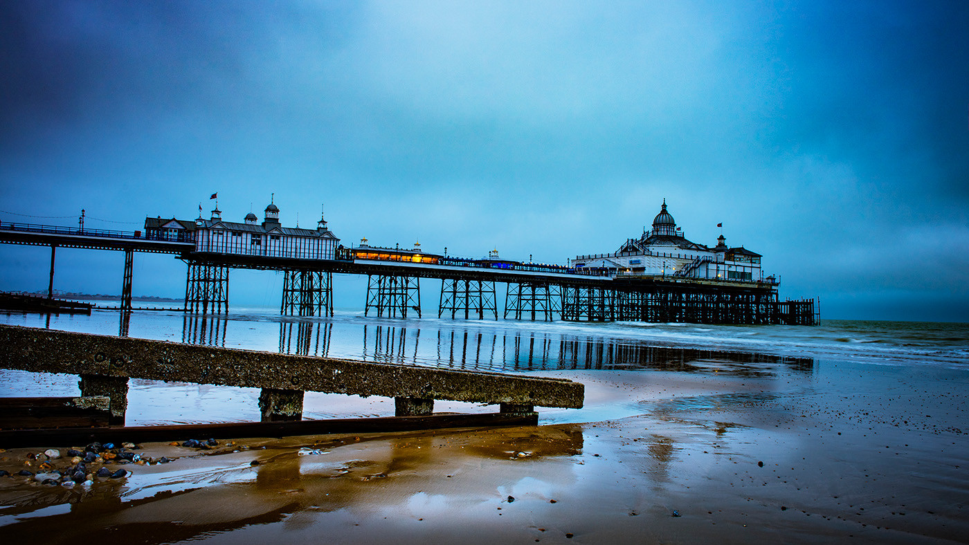 18 EASTBOURNE PIER by Steve Oakes