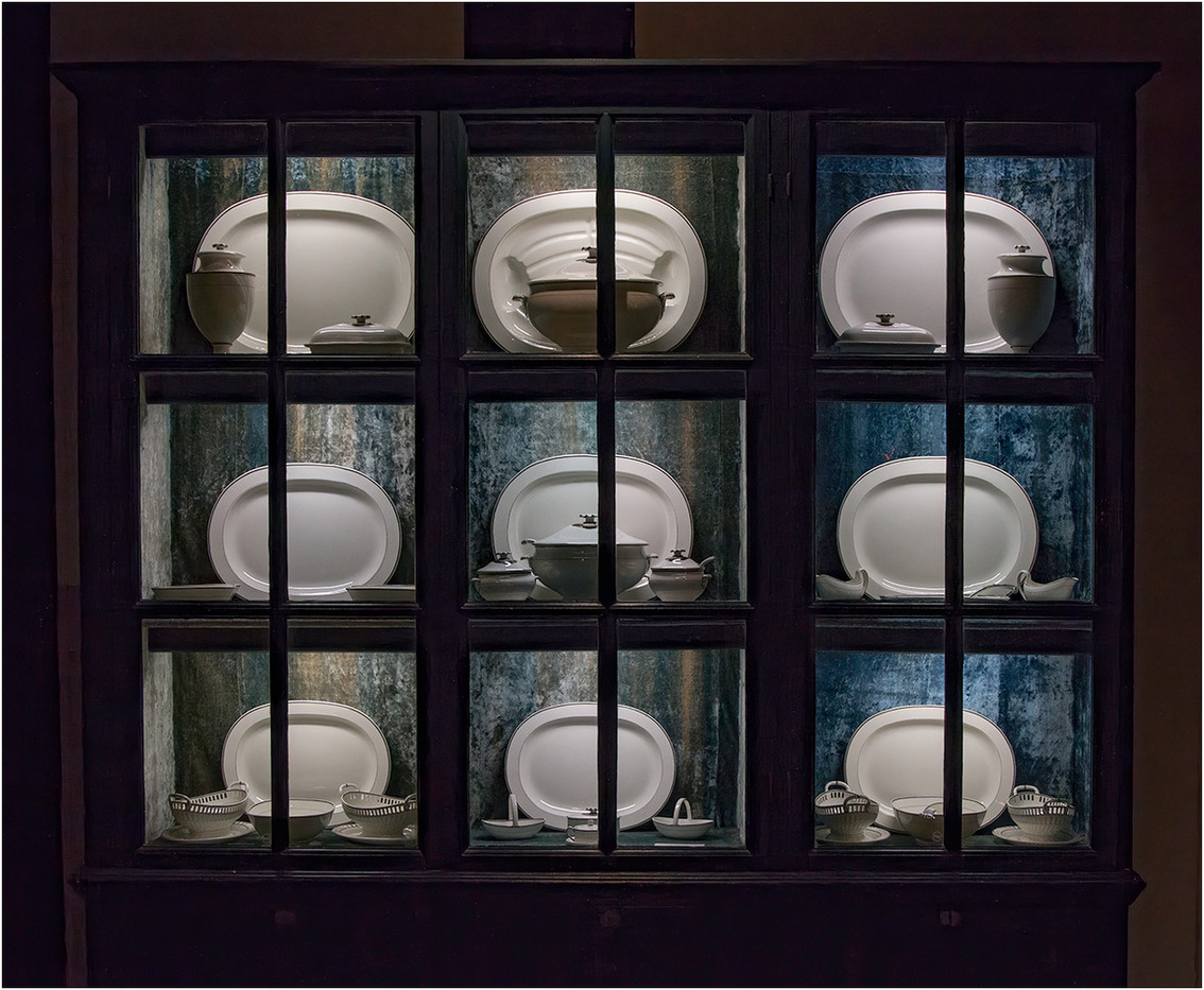 16 CABINET DISPLAYING ROYAL DOULTON DINNER SERVICE, ARUNDEL CASTLE by Colin Burgess