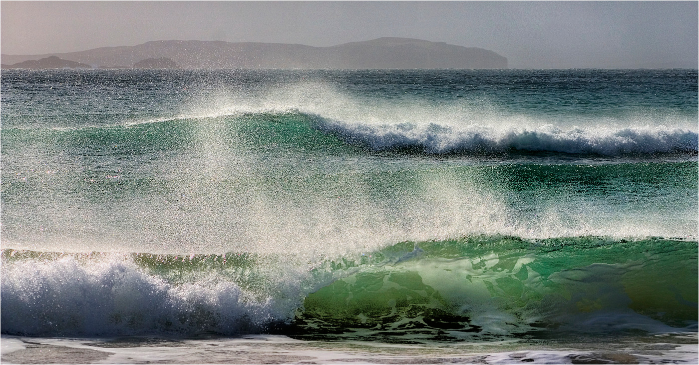 18 WAVE MOTION by Dave Brooker