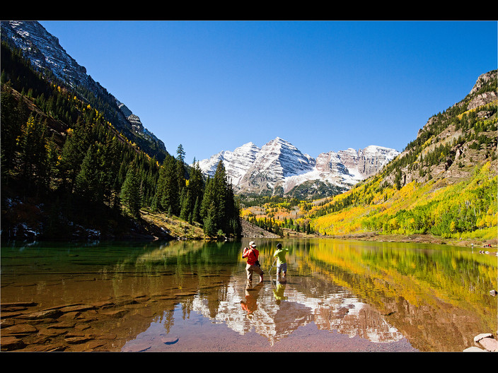18 DEDICATED PHOTOGRAPHERS AT MAROON BELLS by Cathie Agates
