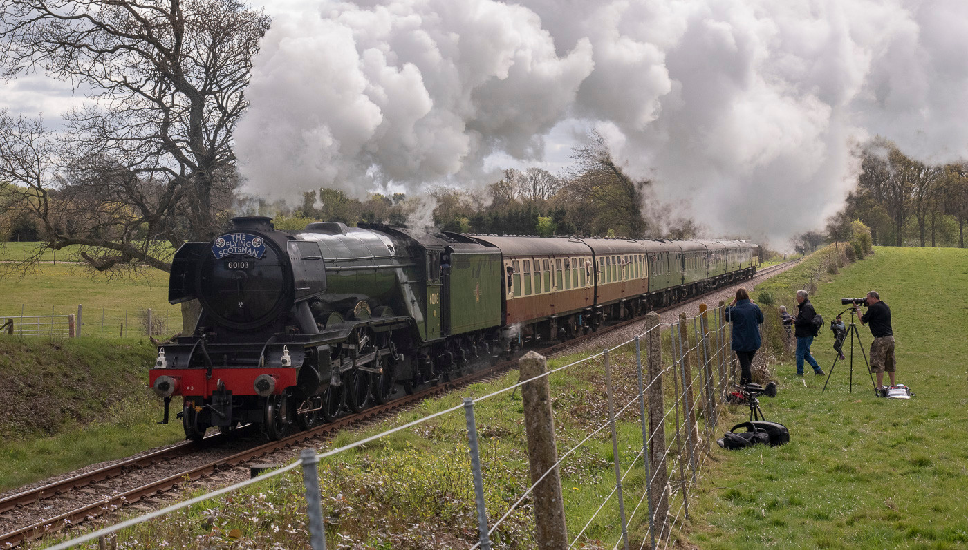 16 THE FLYING SCOTSMAN WITH ADMIRERS ON THE BLUEBELL LINE by Ray Crowle