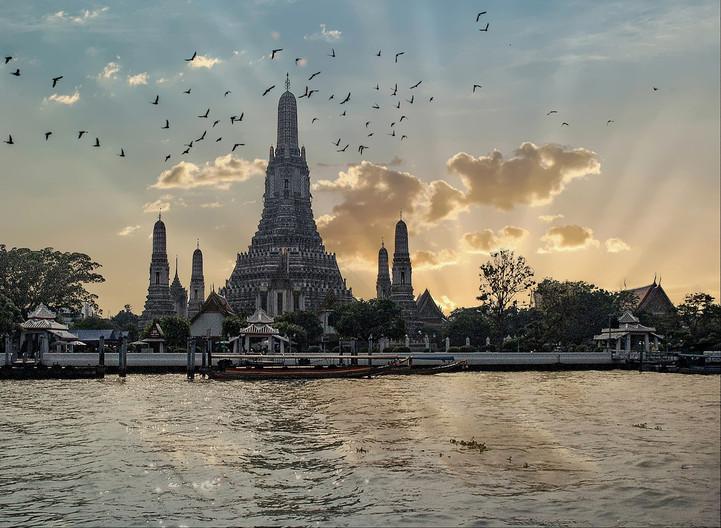 17 SUMMER  PALACE BANGKOK by Graham Bunyan