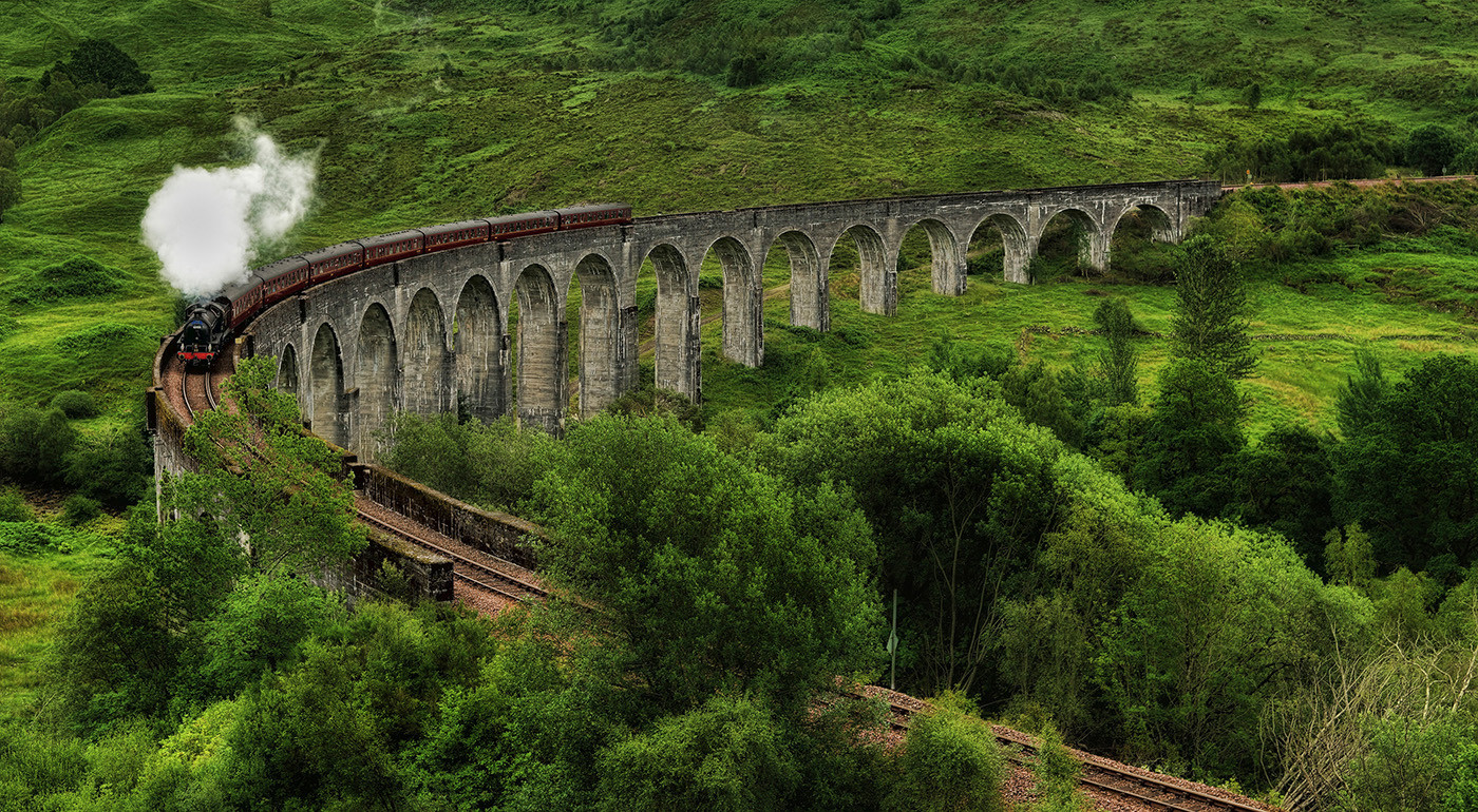 GROUP 1 19 THE JACOBITE CROSSING GLENFINNAN VIADUCT by Ann Paine