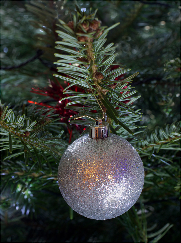 16 CHRISTMAS BAUBLE by Dave Brooker