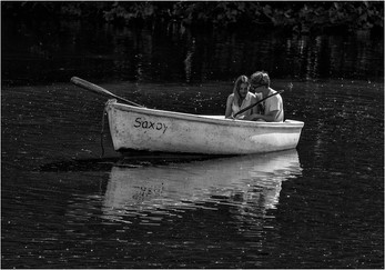 PDI 19 points LOVERS ON THE LAKE by Colin Burgess