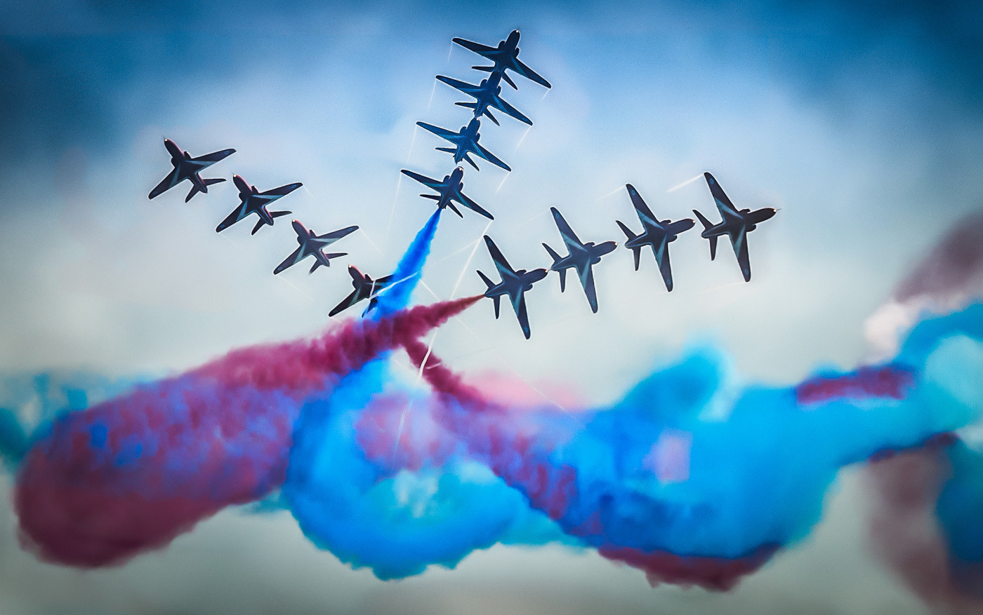 18 RED ARROWS BURST by Terry Day