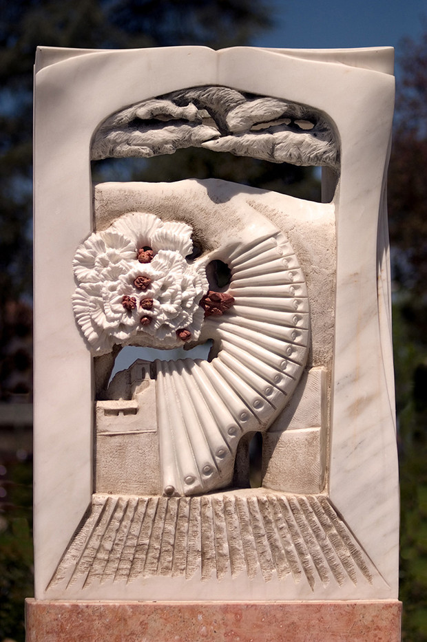 18 POGGIBONSI MARBLE & CORAL SCULPTURE by Peter Tulloch
