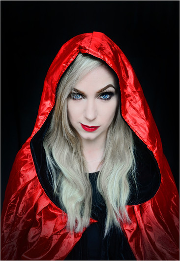 20 DON'T MESS WITH THIS RED RIDING HOOD by Annik Pauwels