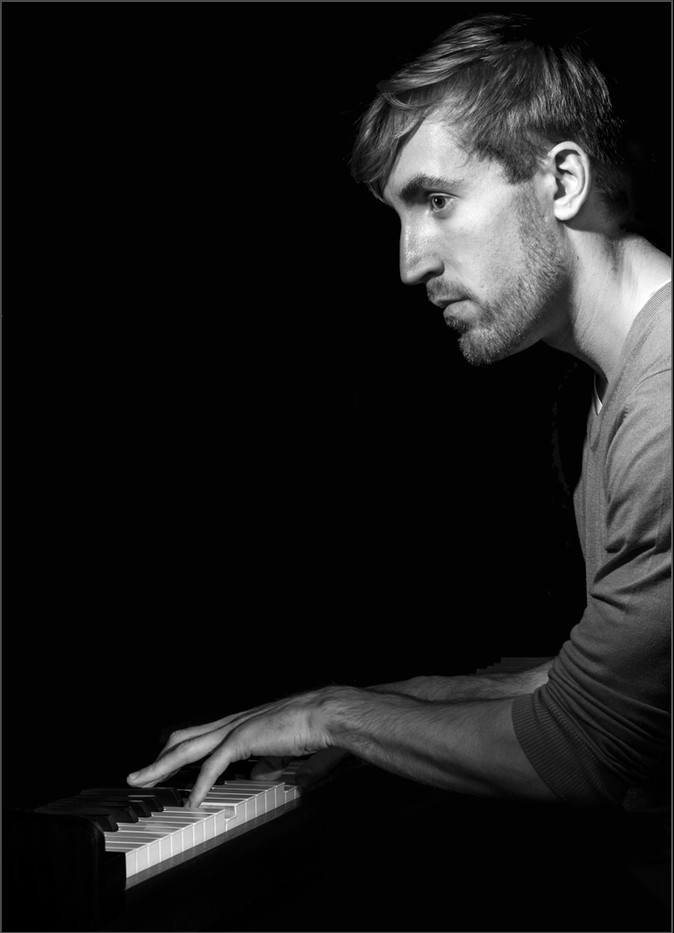 15 THE PIANIST by Richard Gandon
